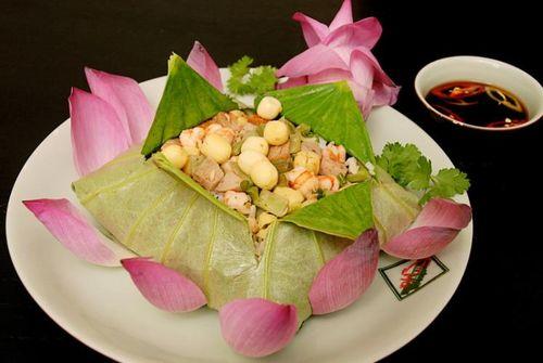Cơm sen - tinh tế ẩm thực Việt