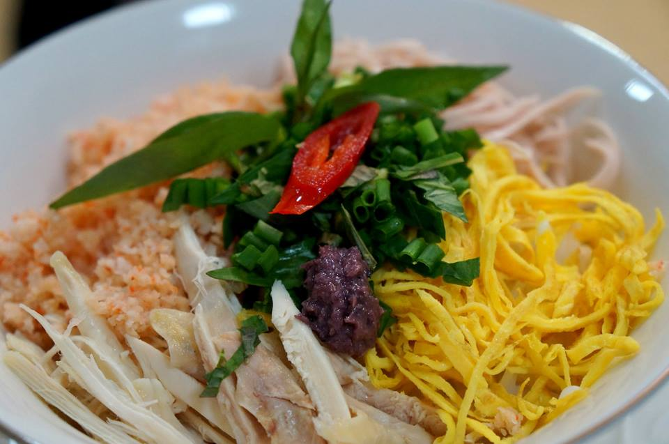 Bún thang - món ăn tinh tế của ẩm thực truyền thống.