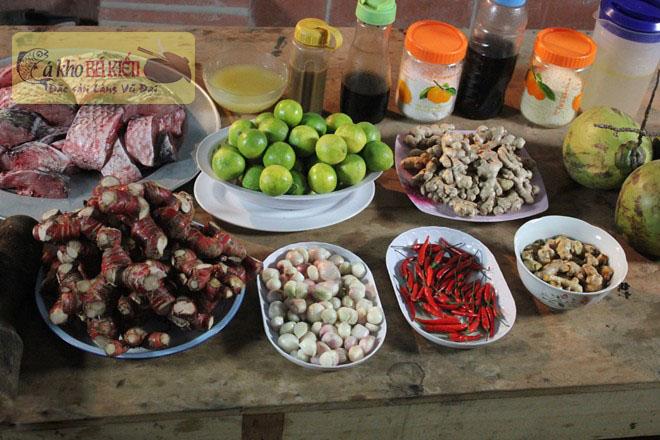 Cá kho làng Vũ Đại kho theo phương pháp cổ truyền