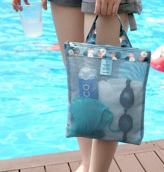 Túi đeo mang những vật dụng nhỏ